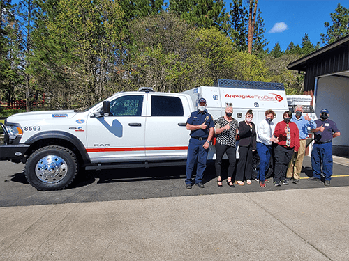 Applegate Fire District 9 posing by the truck